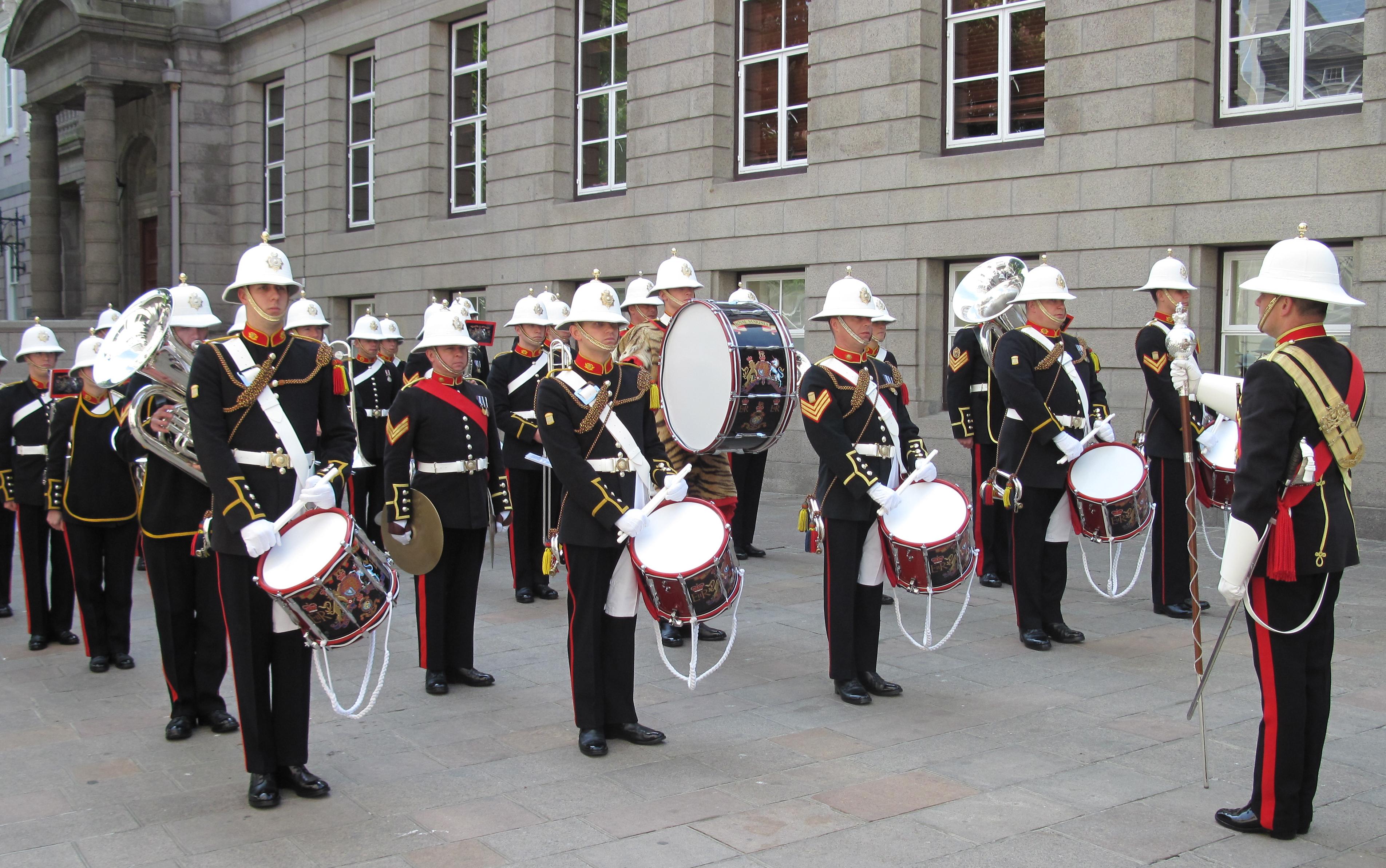 No.1 Blue Dress Royal Marine Band Service Arm Badge Colour Sgt