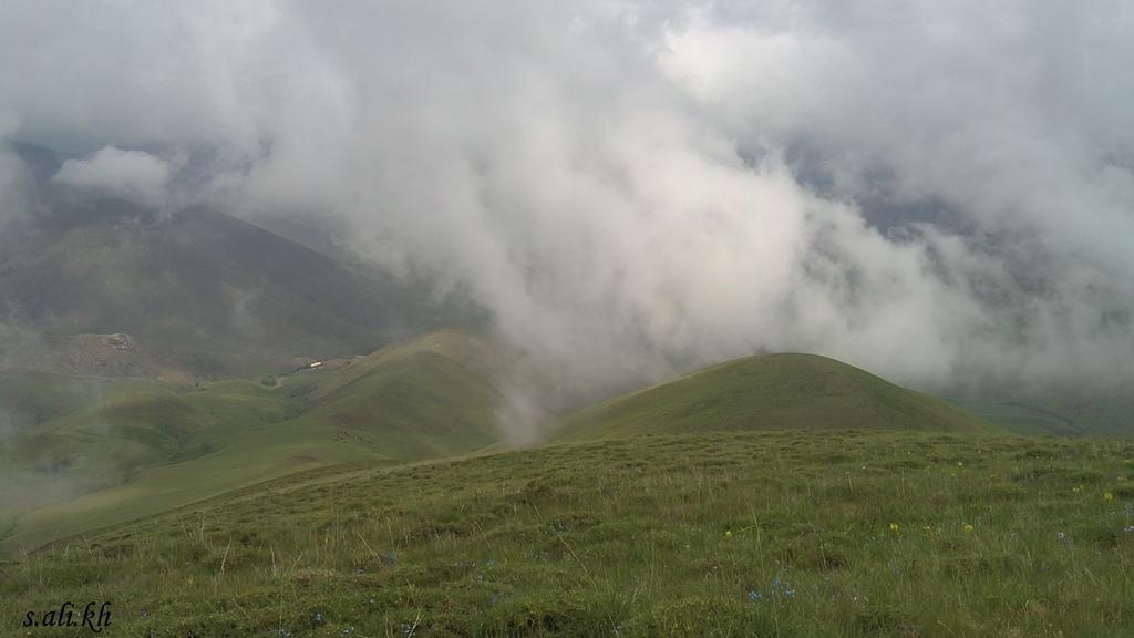 طبیعت مه آلود خان کندی
