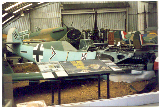 File:Kent Battle of Britain Museum in Hawkinge.jpg ...
