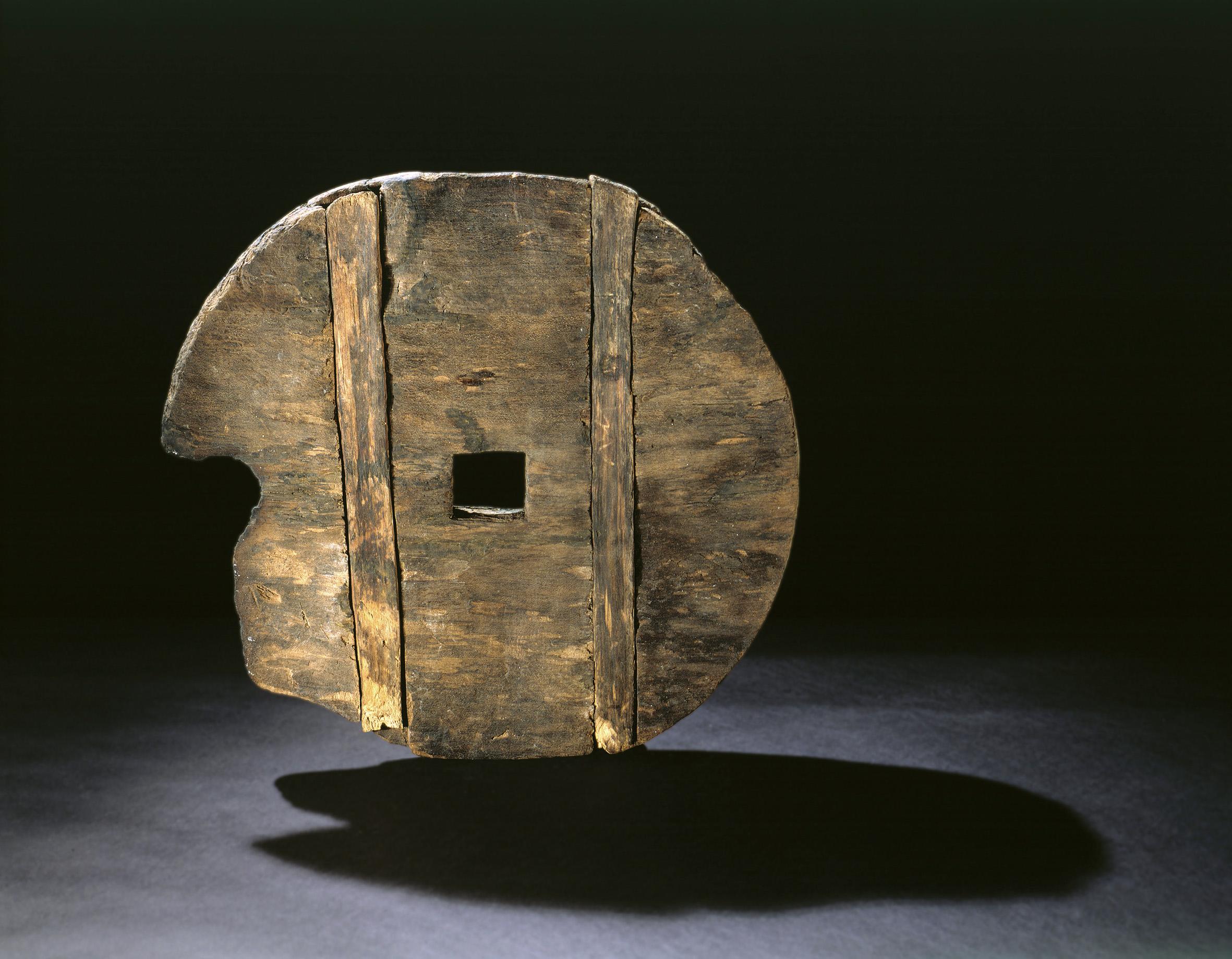 Фото древних лопат значение для
