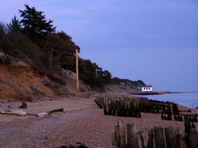 Lepe shoreline at dusk - geograph.org.uk - 146963