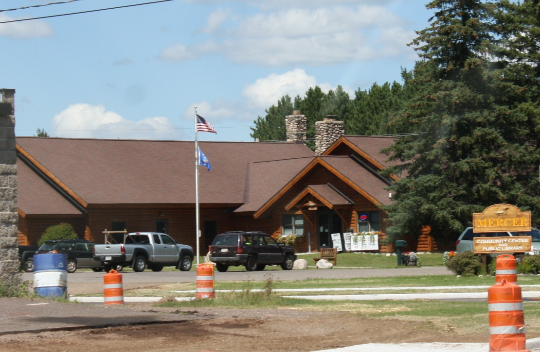 File:Mercer Wisconsin Community Center and Library jpg - Wikimedia