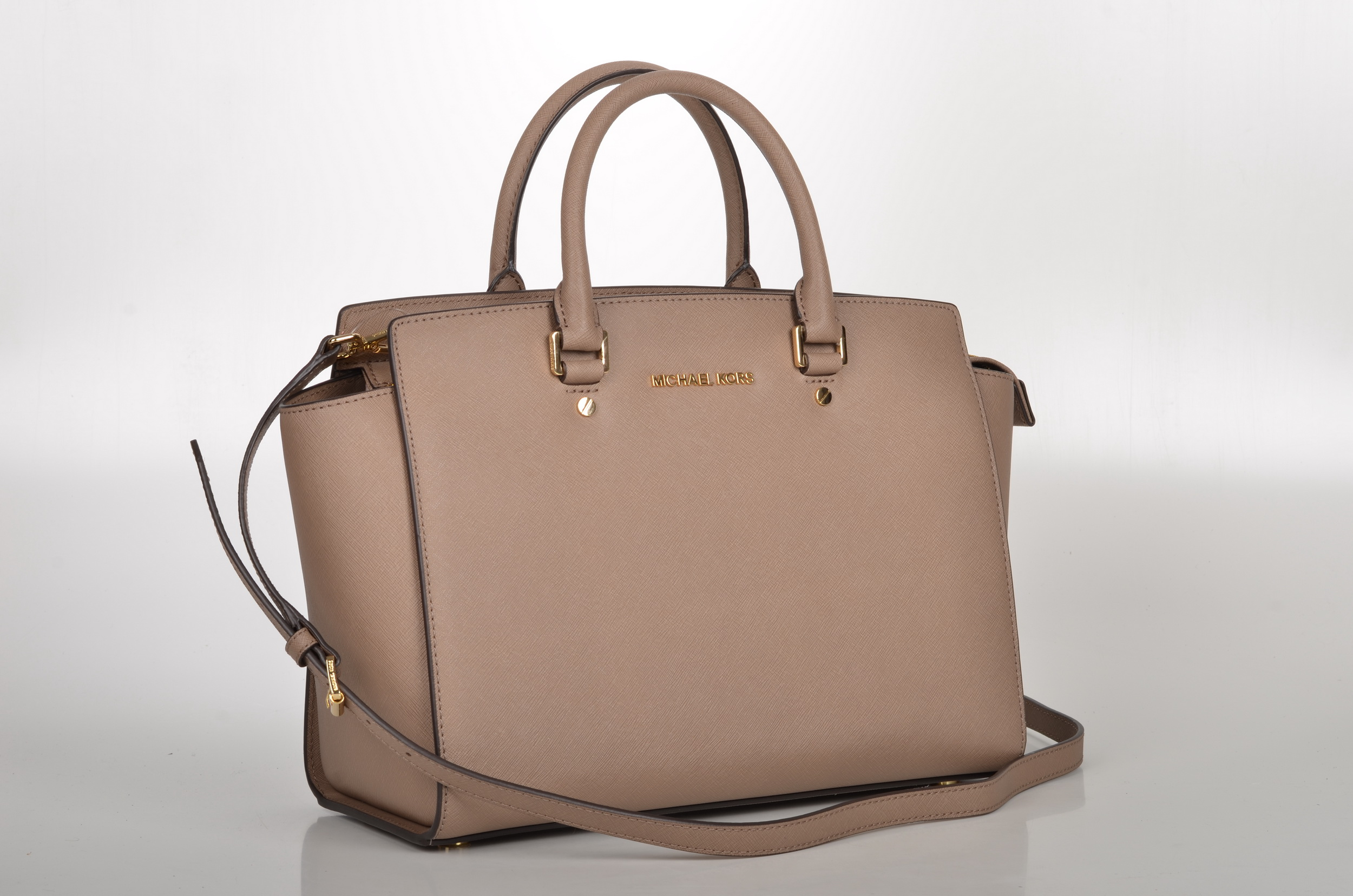 Michael kors bags in dubai - Michael Kors Selma Bag Brown