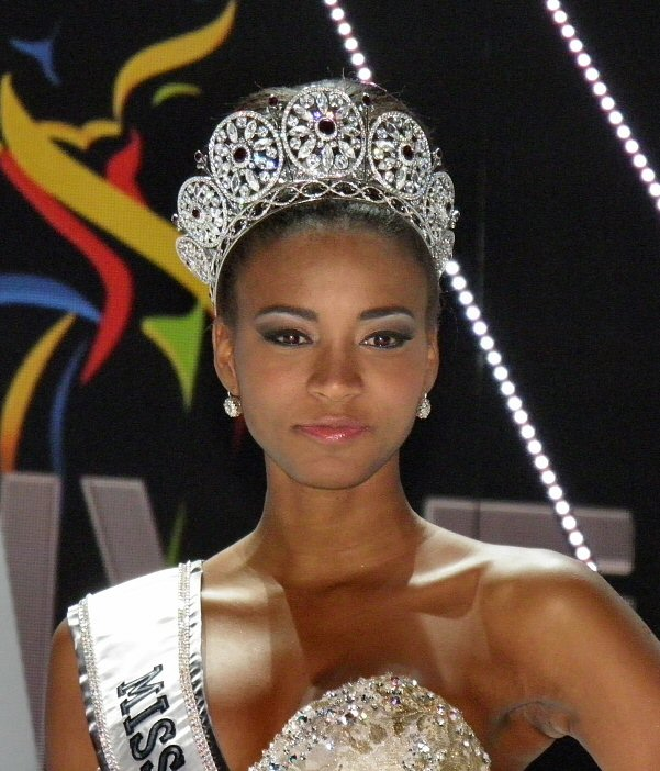 Description Miss Universe 2011 Leila Lopes
