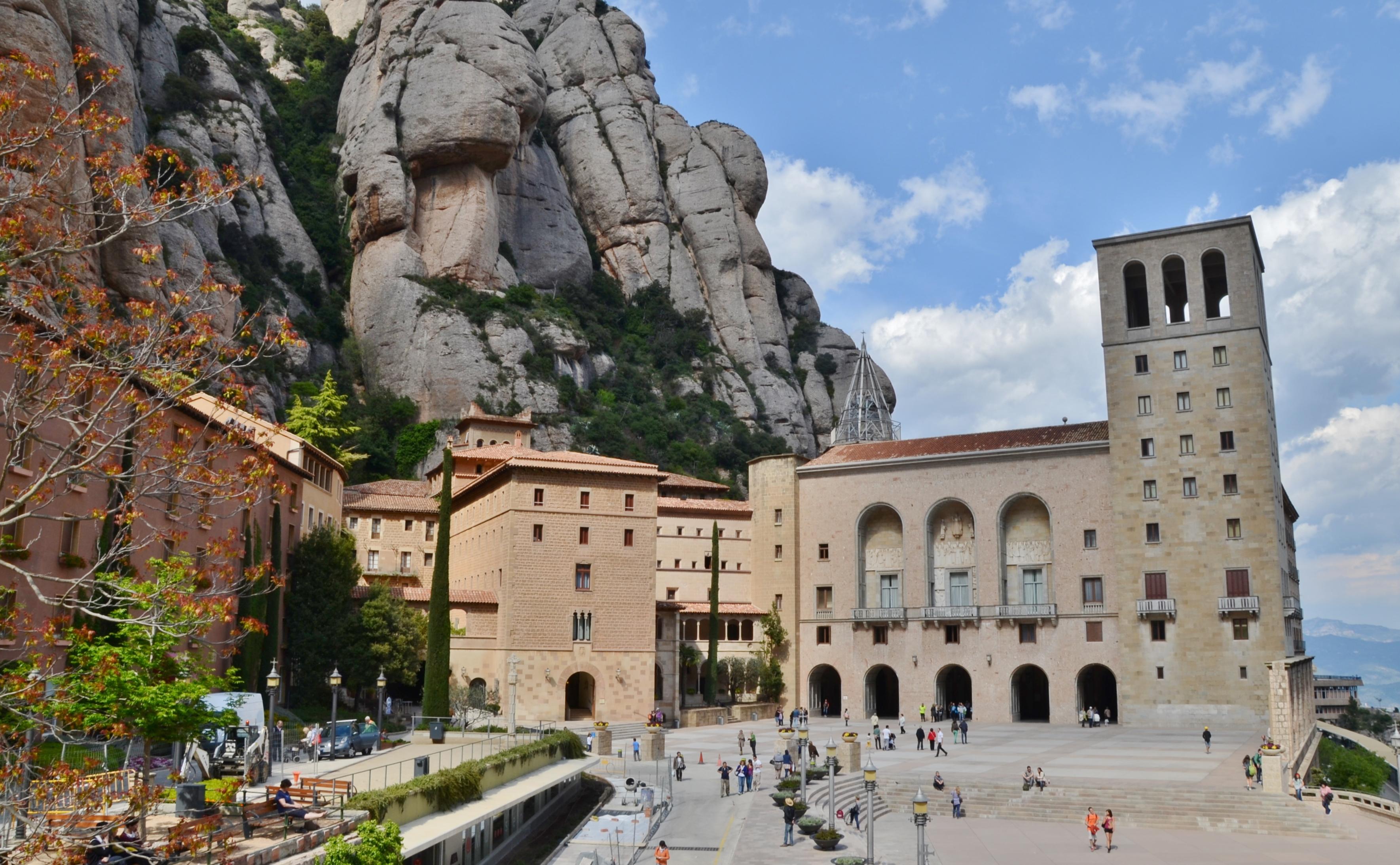 Fitxer:Monestir de Santa Maria de Montserrat (Monistrol de Montserrat) - 7.jp...