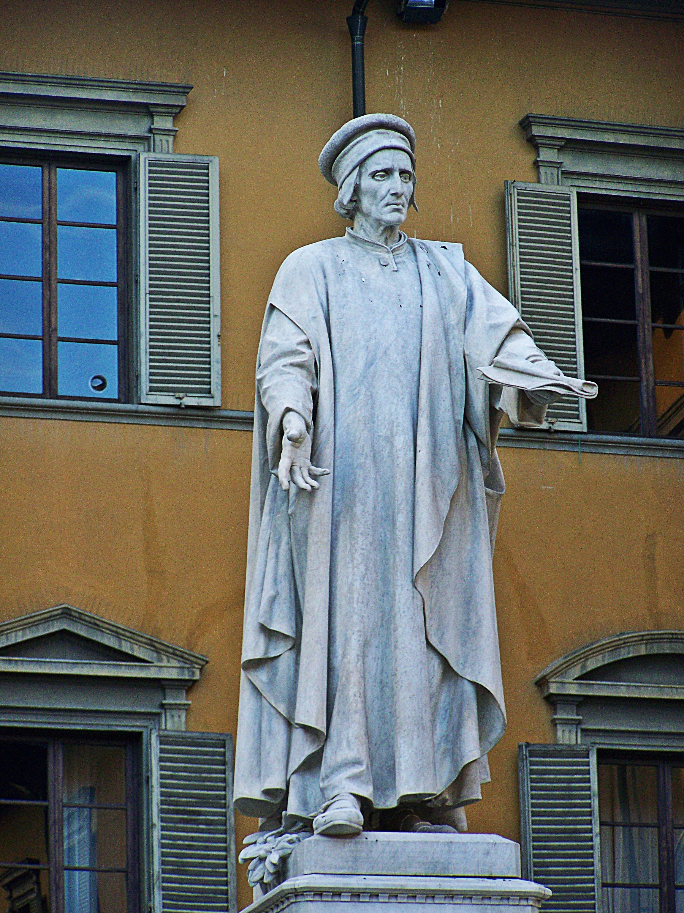 File:Monumento a Francesco di Marco Datini 4.jpg - Wikimedia Commons