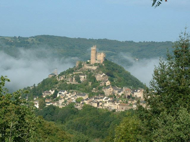 File:Najac morning.JPG