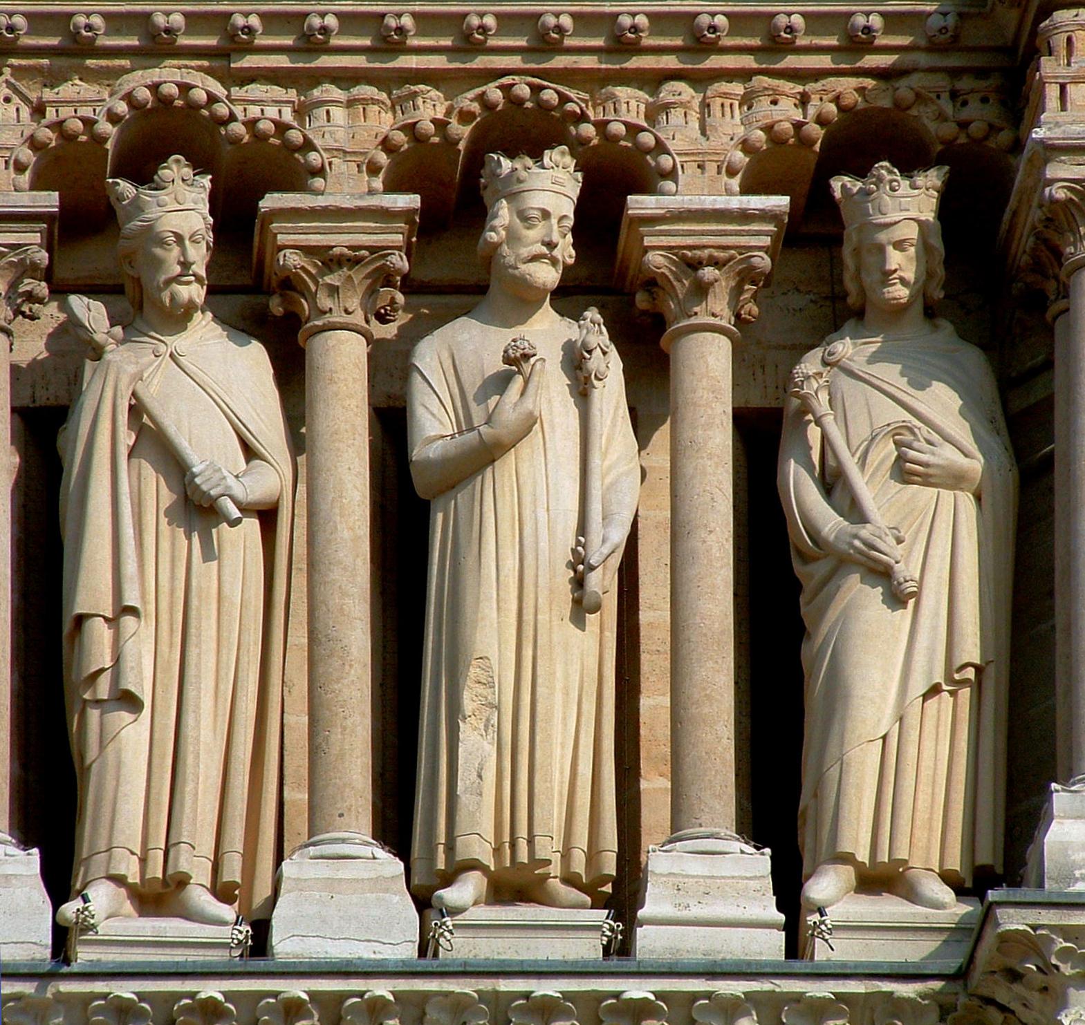 3 statues de la galerie de Juda de la facade de Notre-Dame