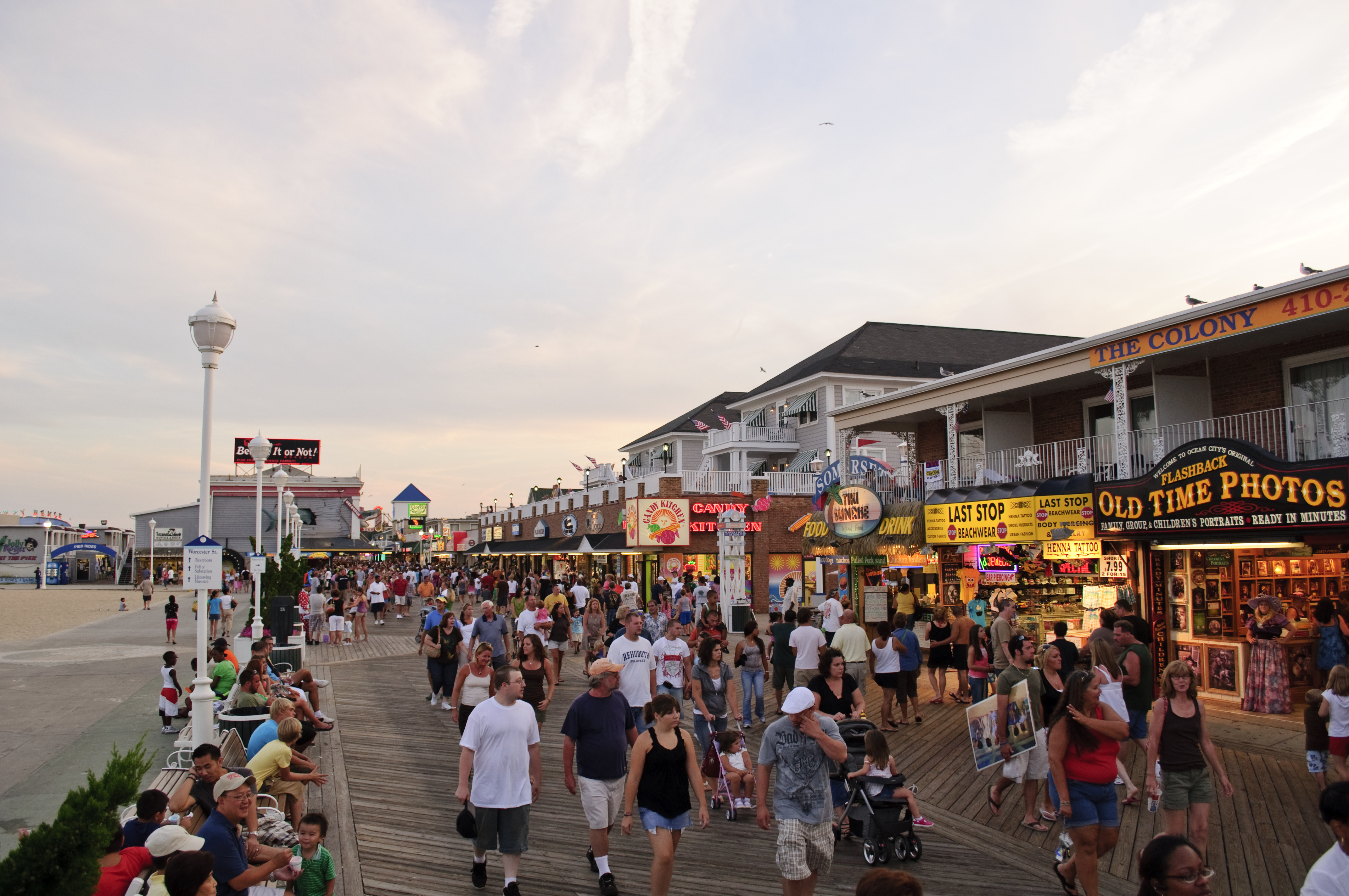 A Mime, A Stick Balloon Artist, A Puppeteer, and Others Win in Ocean City Boardwalk Regulation Case
