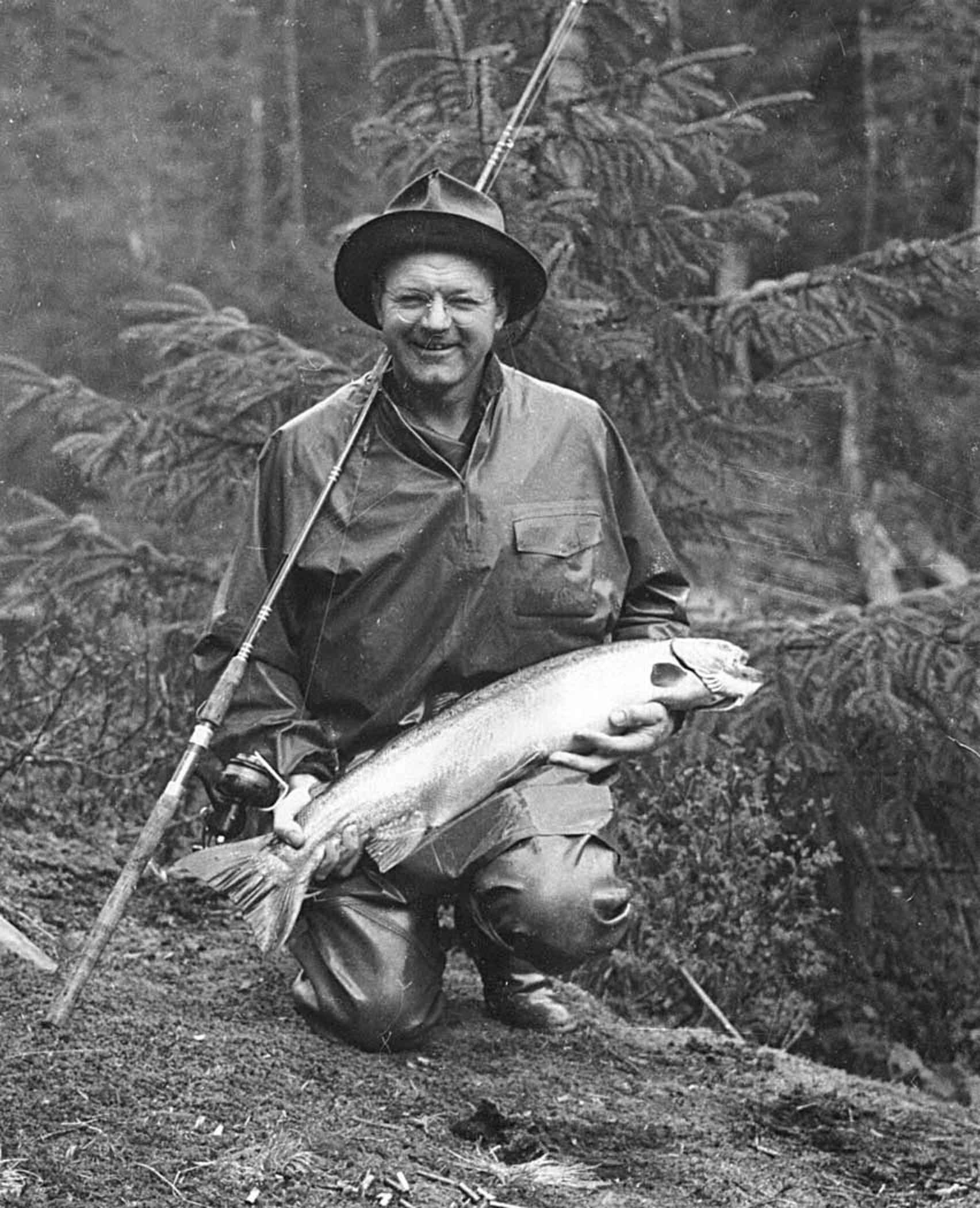 Old Man Fishing Cake Topper