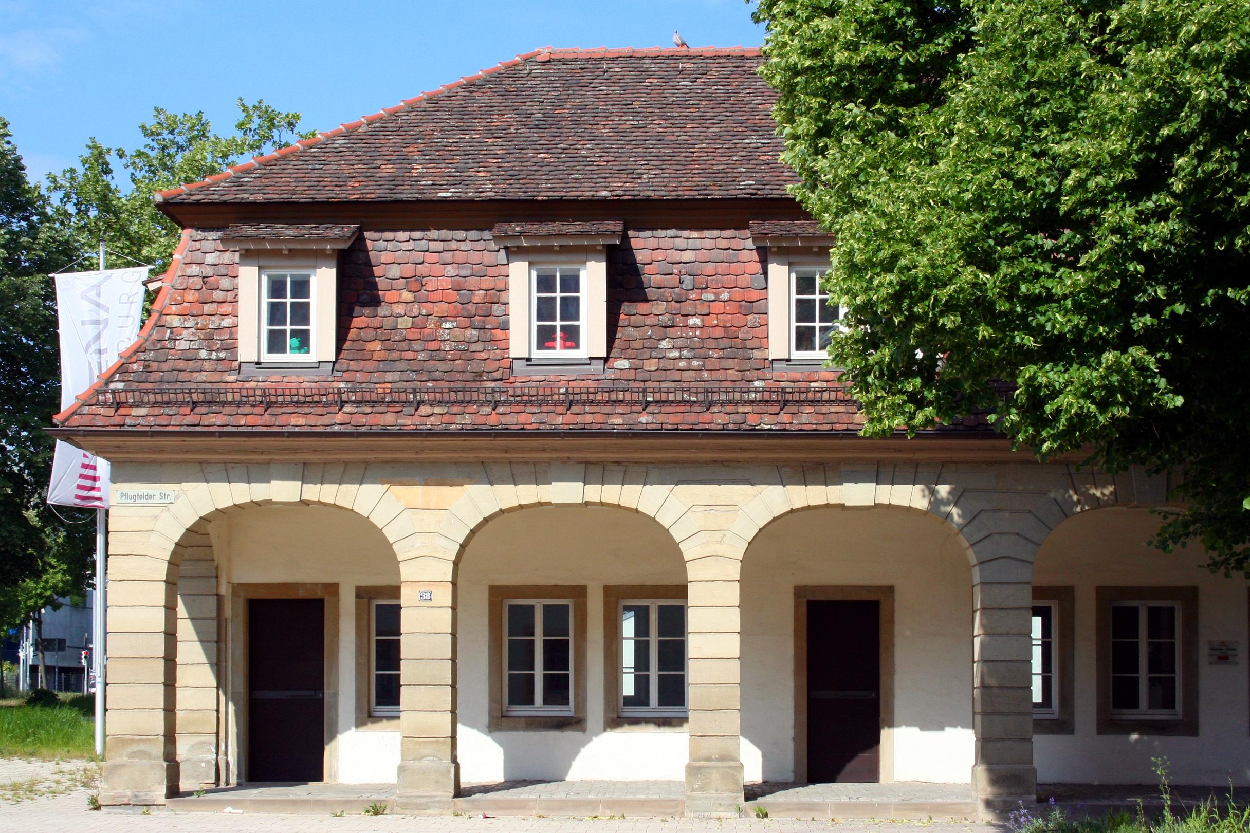 Bildergebnis für Pflugfelder Torhaus, Pflugfelder Straße 38, Ludwigsburg