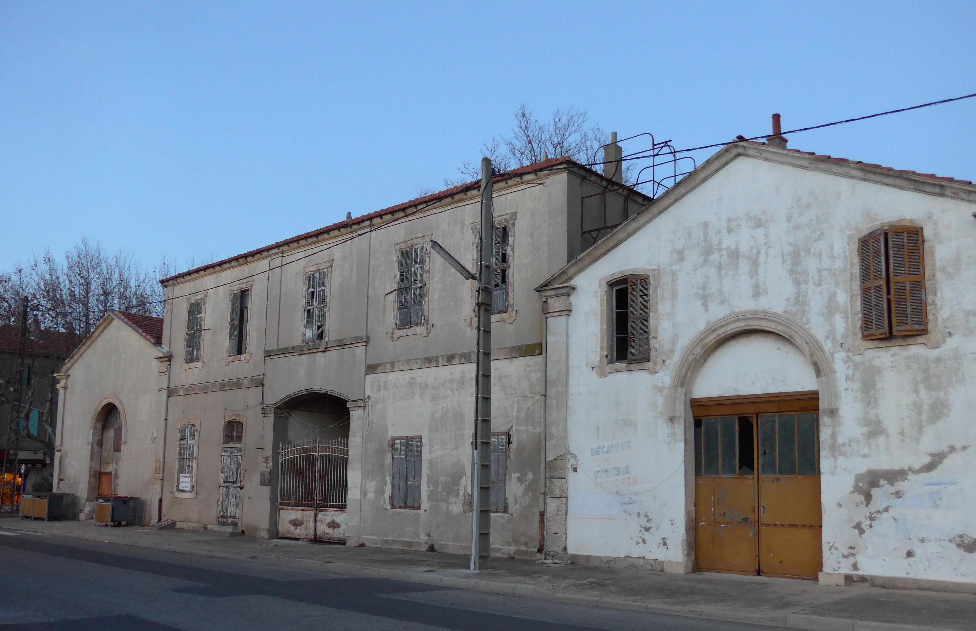 File port saint louis bouches du rhone france entrep ts du 20 si wikimedia commons - College port saint louis du rhone ...