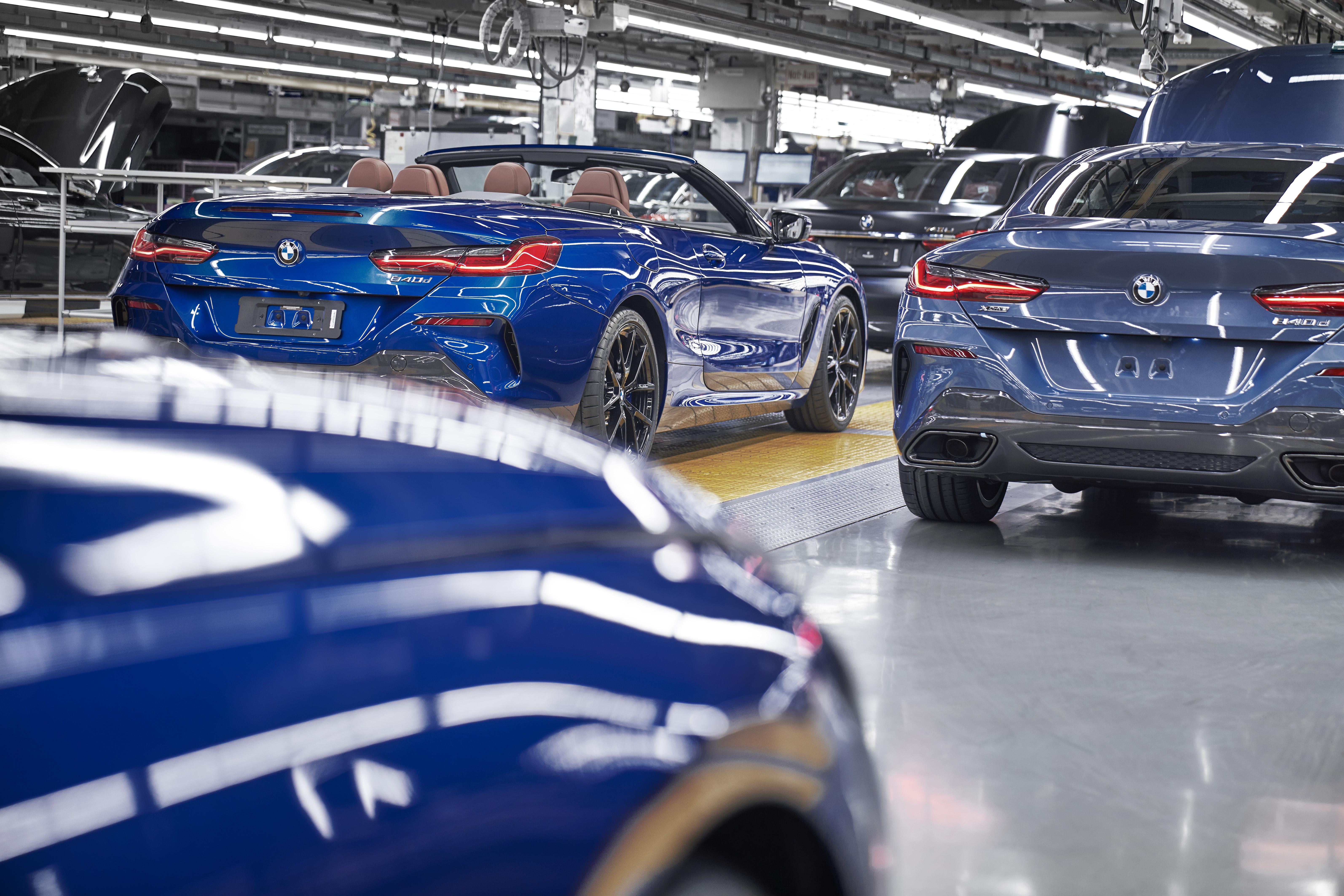 File Produktion Des Neuen Bmw 8er Coupe Und Cabrio Im Bmw
