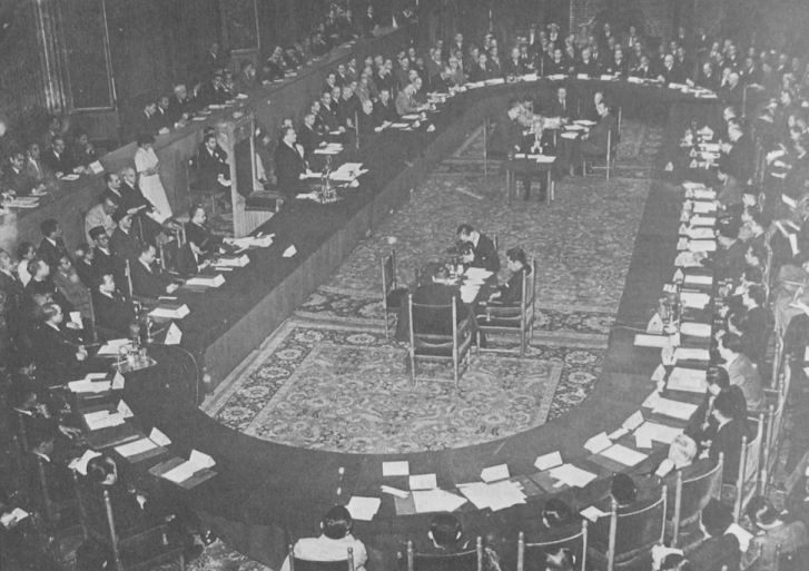 round table conferences Gandhi, in or out of jail, had become the greatest engine, giving dynamism to the movement the first round table conference that.