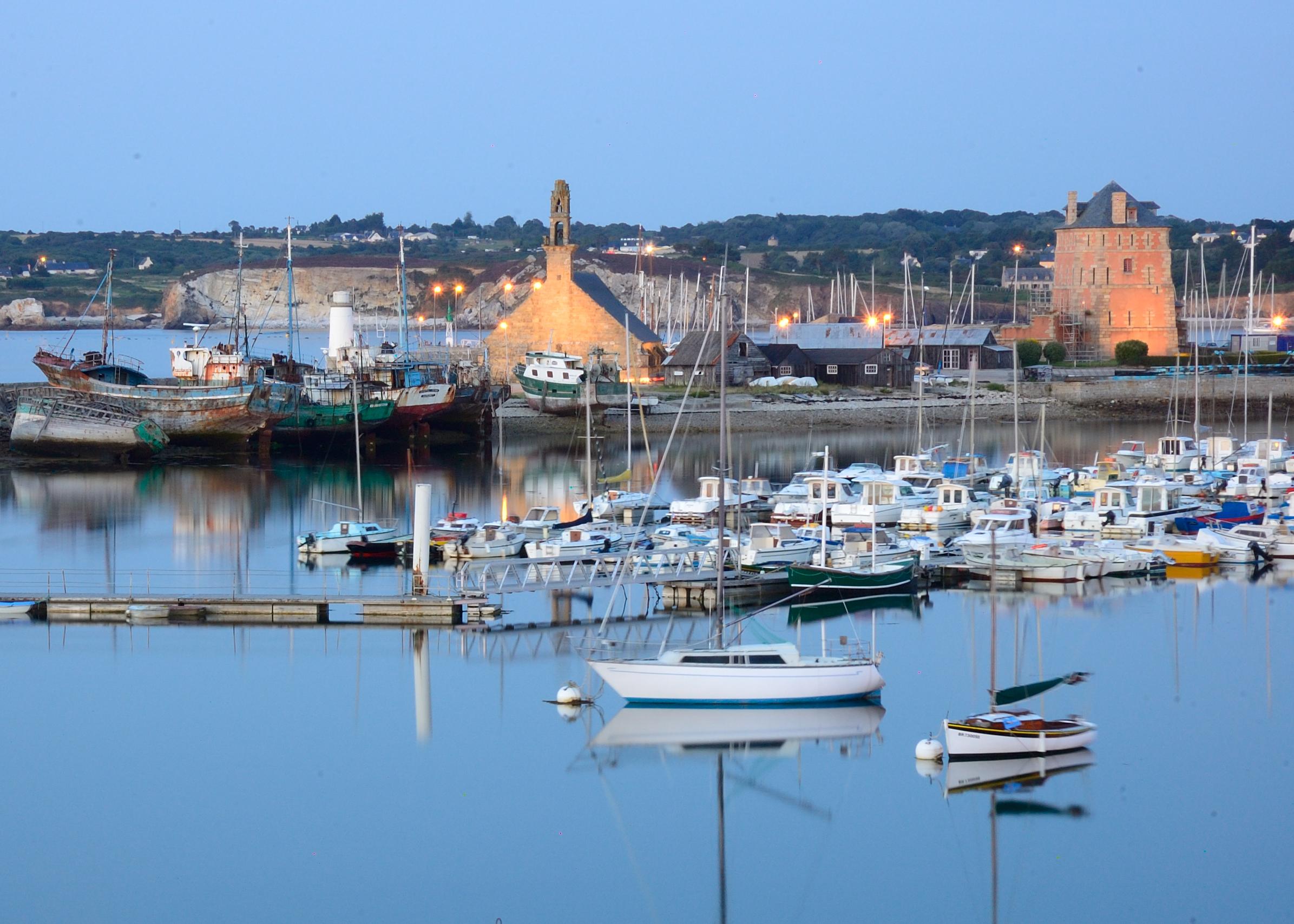 Camaret sur mer arts et voyages - Office du tourisme de camaret sur mer ...