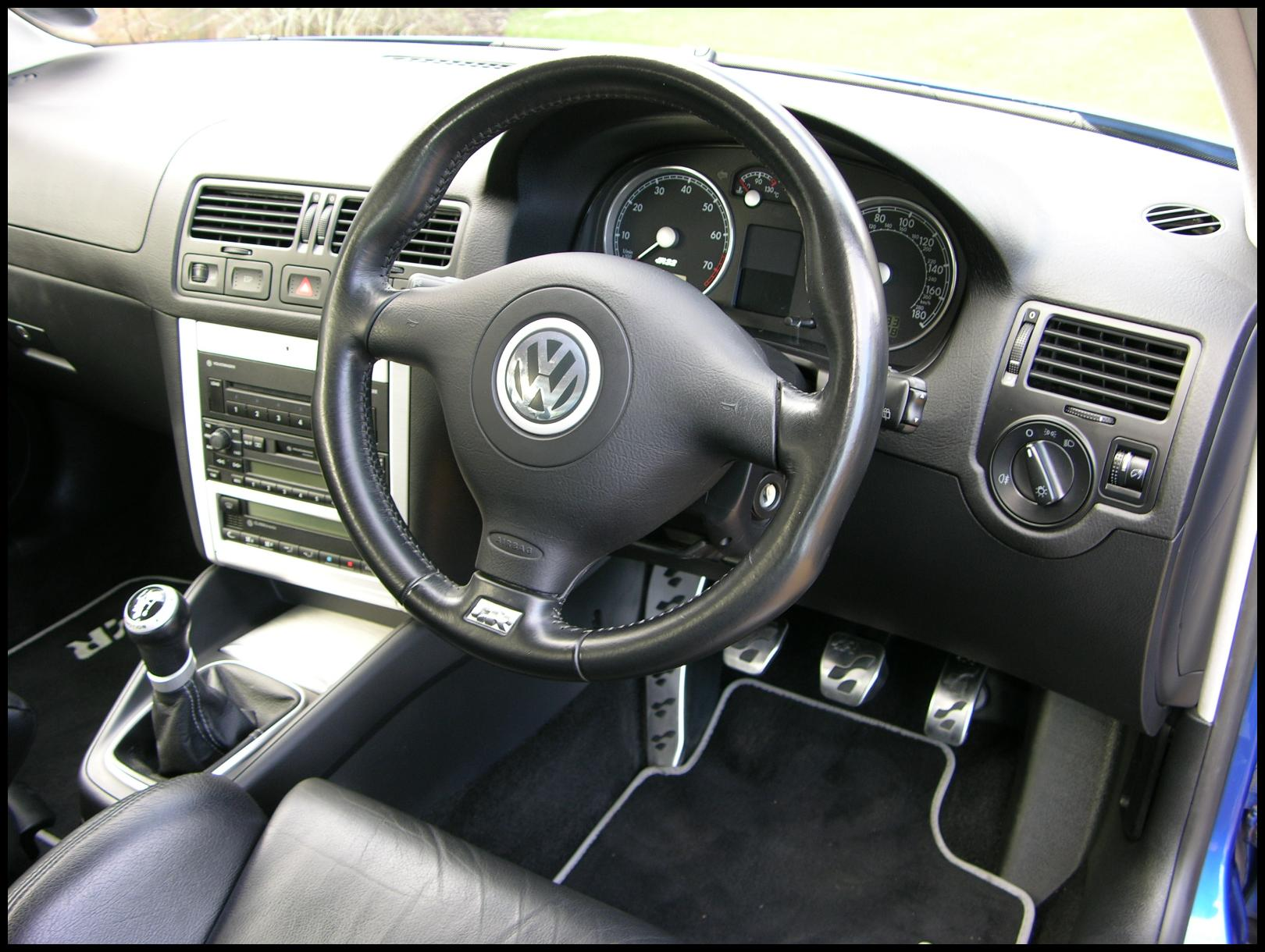 Used 2004 Volkswagen R32 Pricing amp Features  Edmunds