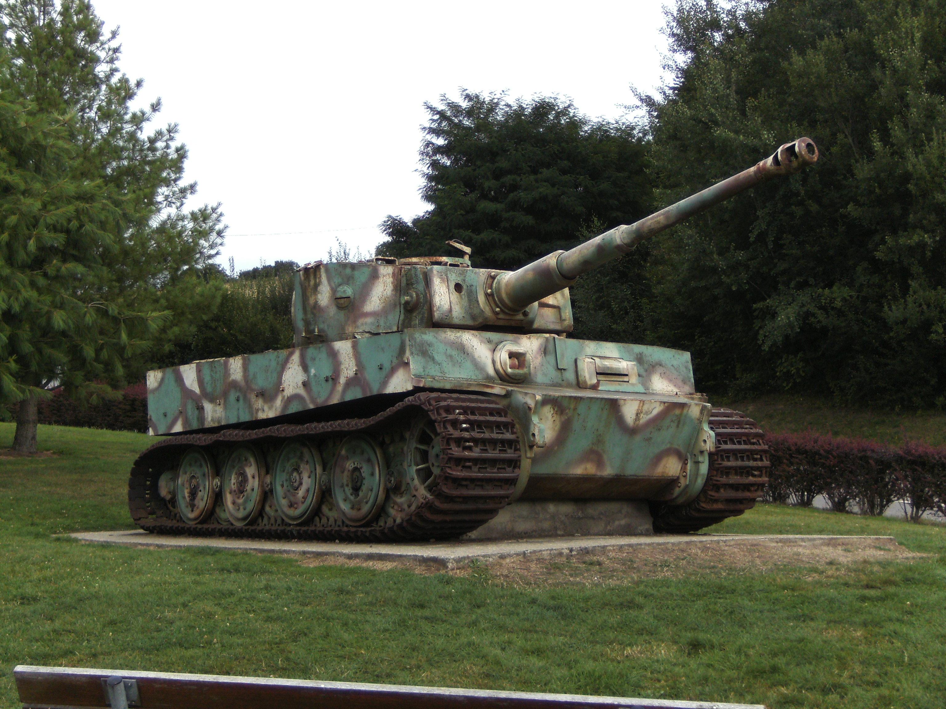 Description vimoutiers (orne-france) - char tigre allemand