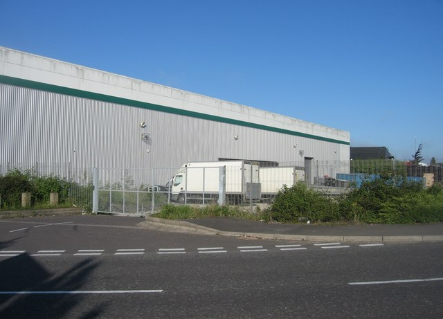 Warehouse and Trucks - geograph.org.uk - 1531858