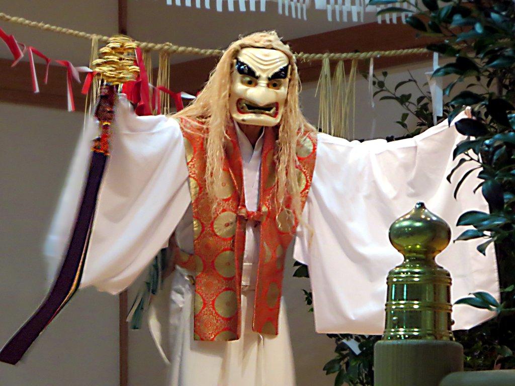File:Yokagura Sacred Dance (31561847845) jpg - Wikimedia Commons