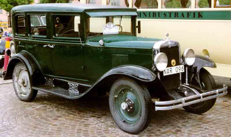 1929 ford sedan for 1930 chevy 4 door