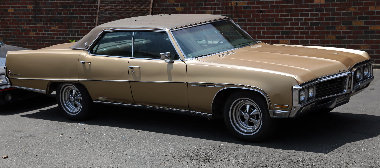File 1970 buick electra 225 ht sedan front right jpg