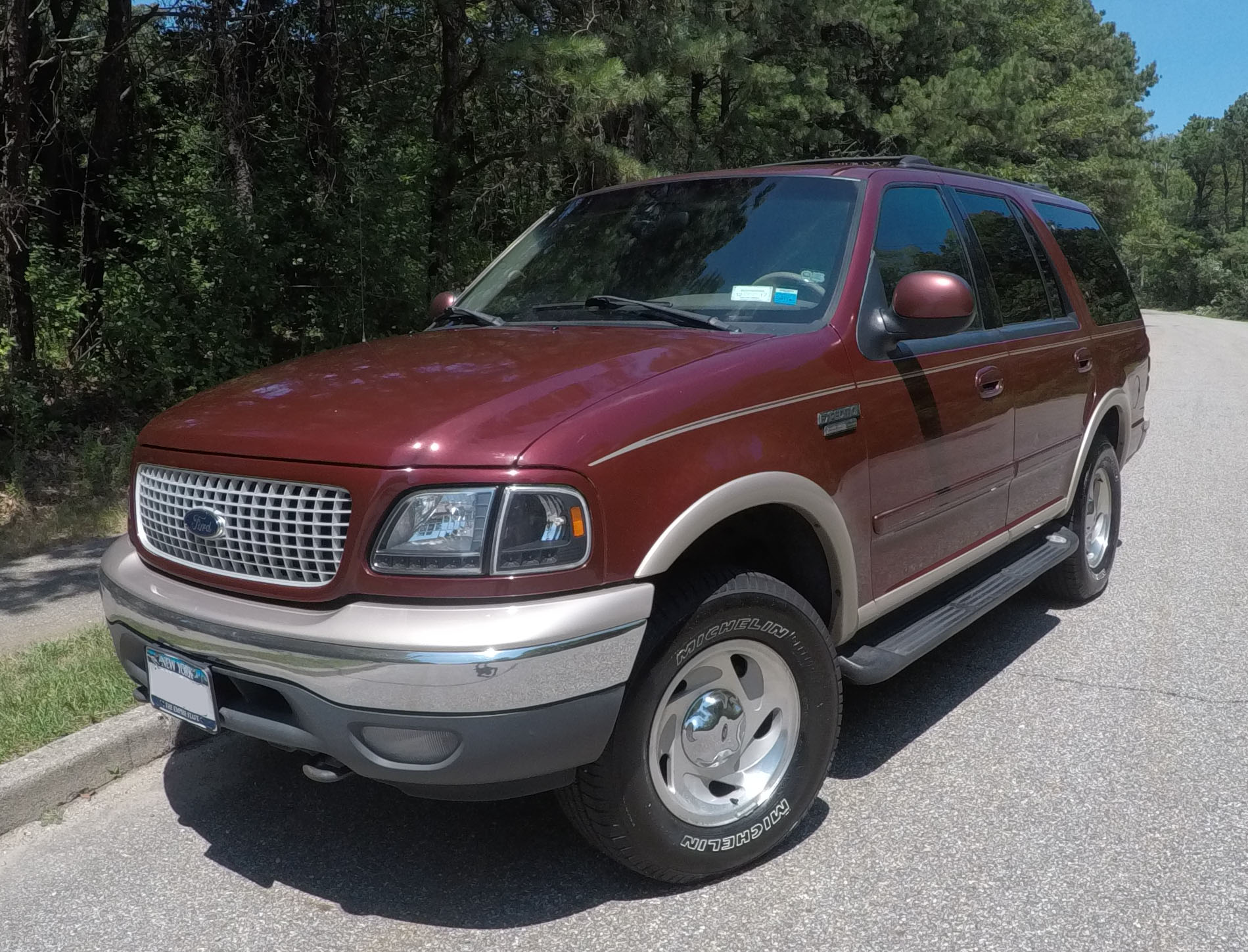 file 1999 ford expedition jpg wikimedia commons https commons wikimedia org wiki file 1999 ford expedition jpg