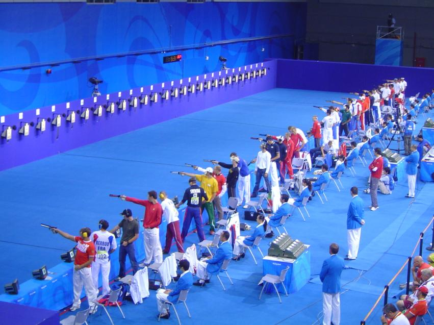 https://upload.wikimedia.org/wikipedia/commons/d/d7/2008_Olympic_Modern_penthalton_-_shooting_action.JPG