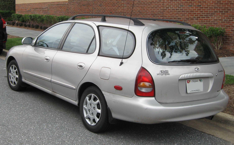 File98 00 Hyundai Elantra GLS Wagon