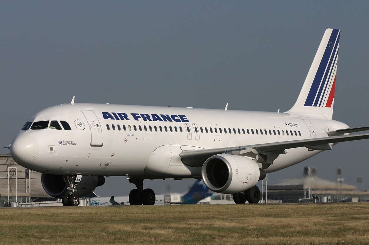 File air france airbus a320 airwim wikimedia commons for Airbus a320 air france interieur