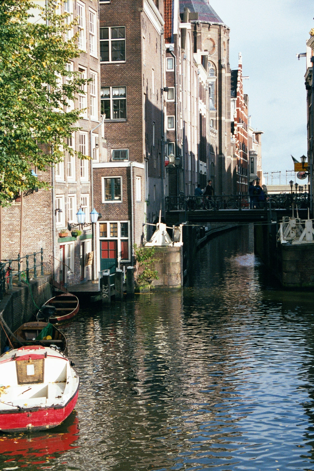 Cheap Amsterdam Rentals Cheapest College Place To Eat Amsterdam