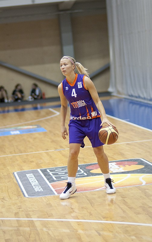 Latvian Women Basketball Team Is 88