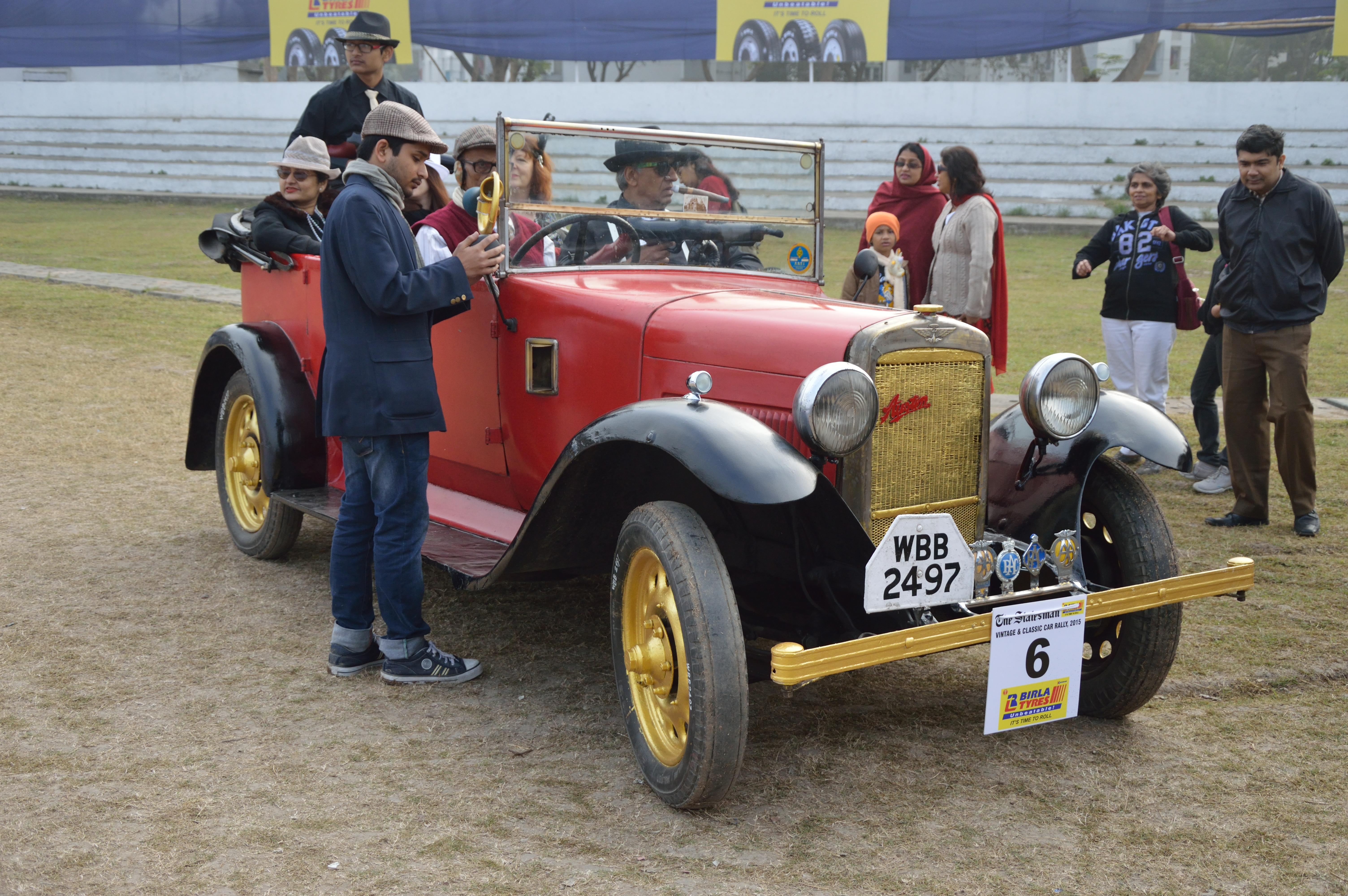 File:Austin - 1922 - 12 hp - 4 cyl - WBB 2497 - Kolkata