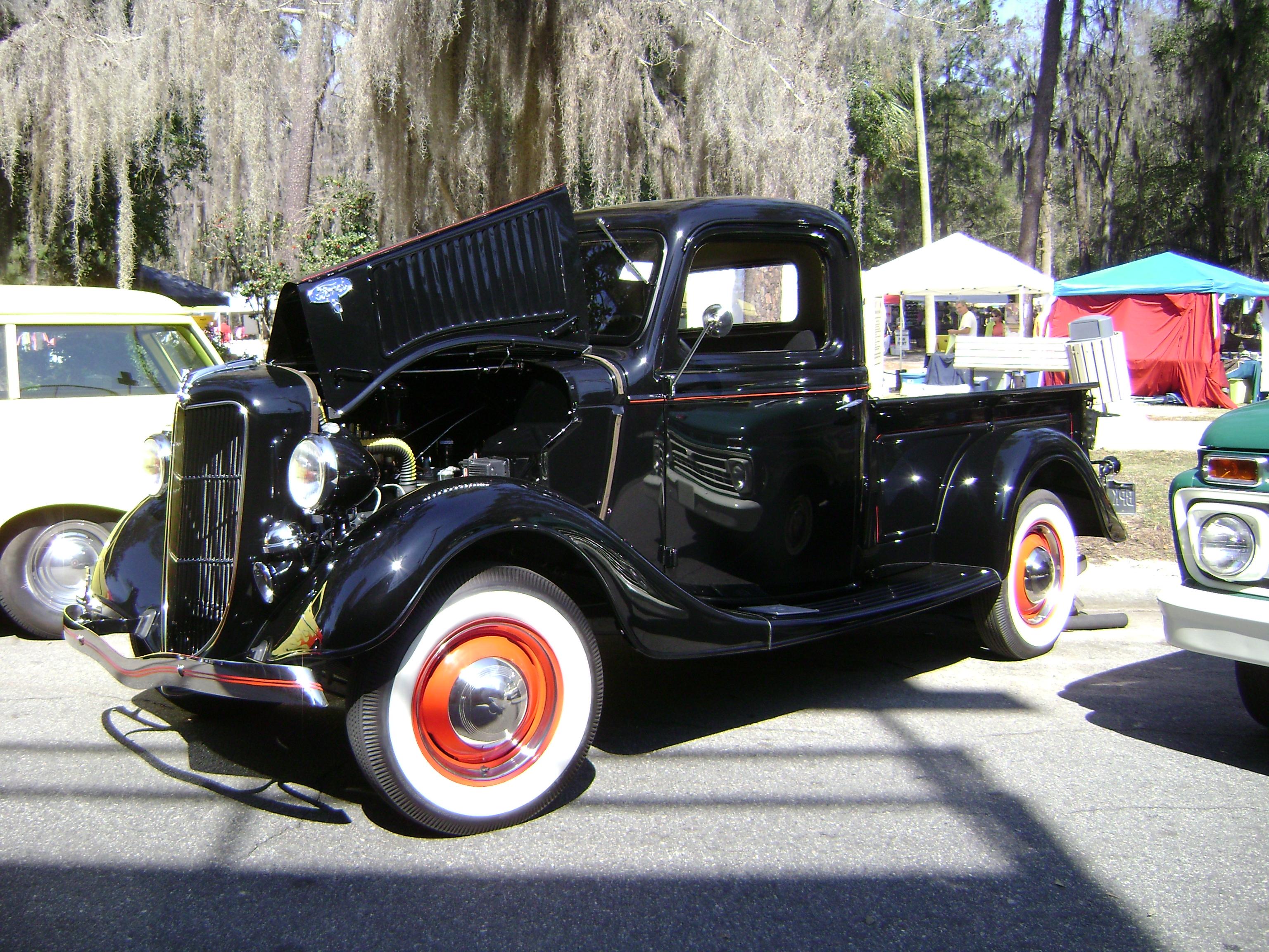 File:Azalea Festival 2013 - 1936 Ford Pickup.JPG