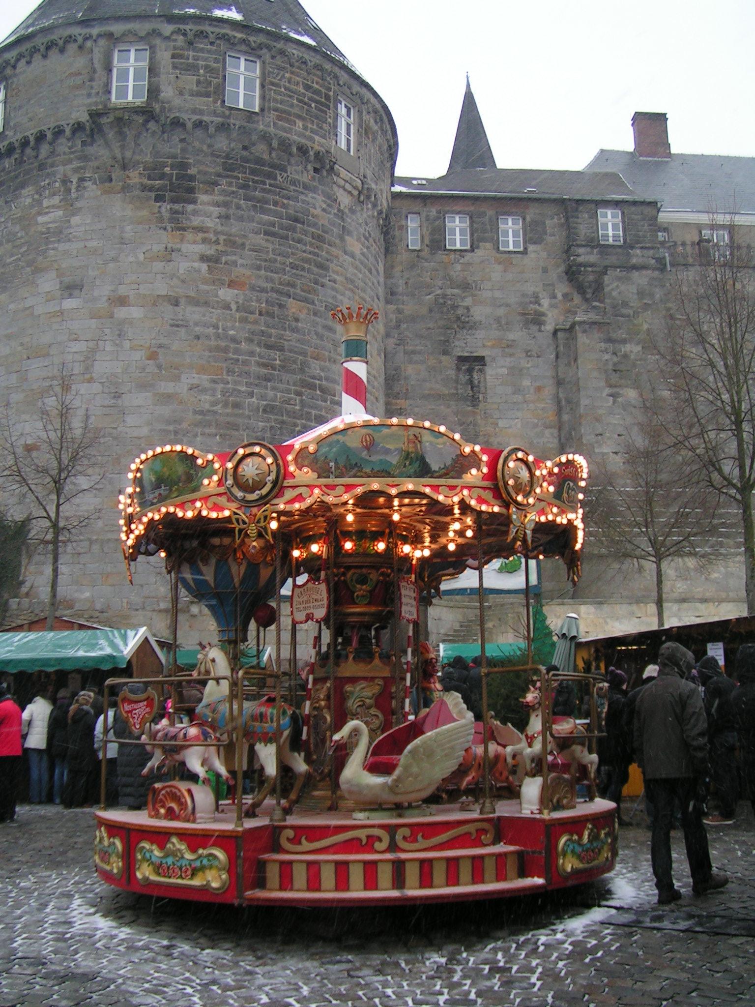 Weihnachtsmarkt Bad Bentheim.Datei Bad Bentheim Weihnachtsmarkt Karussell Jpg Wikipedia