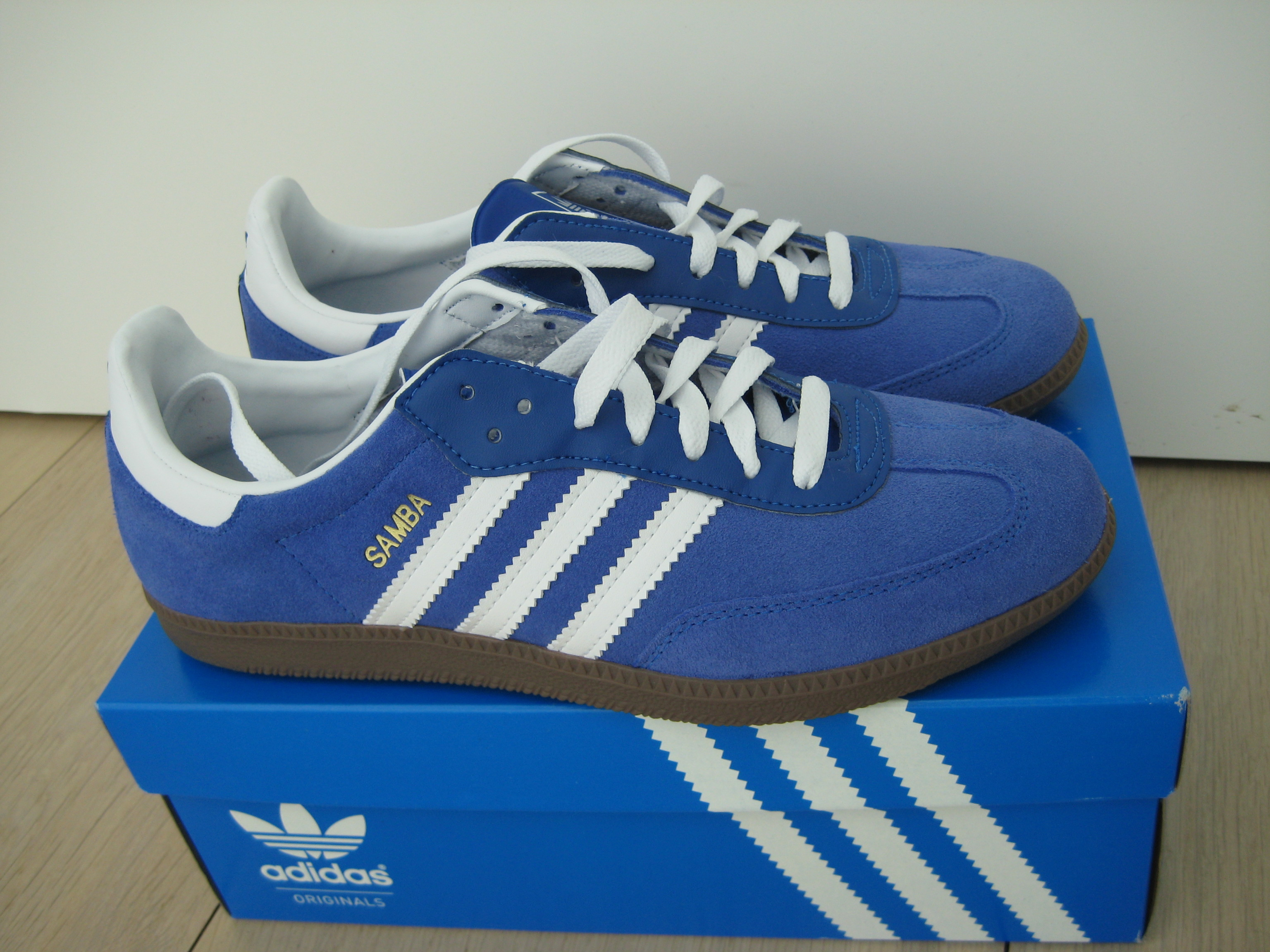 Mens Adidas Blue Sued Shoe