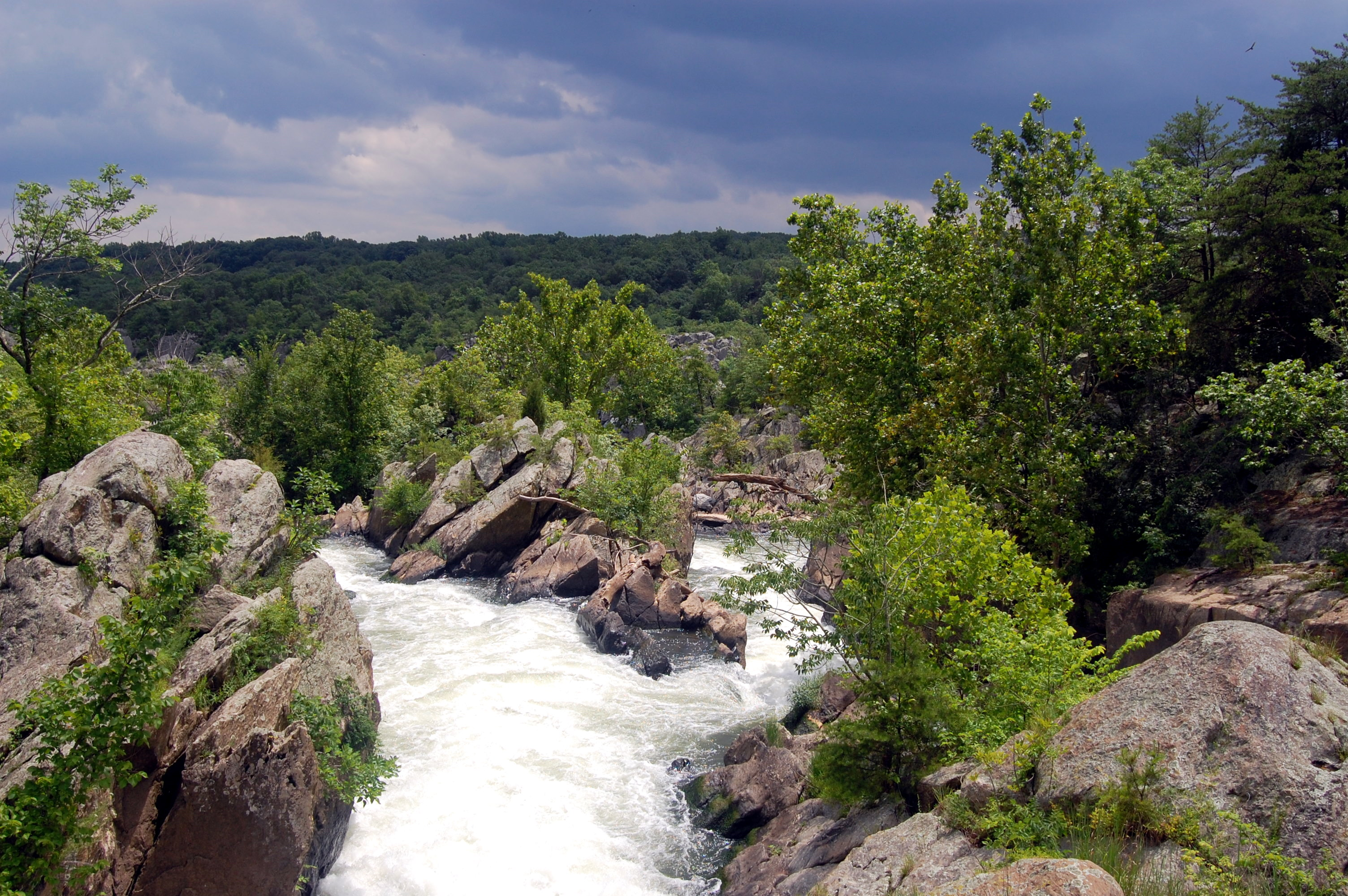 best hiking trails in every state - Maryland - Great Falls Loop