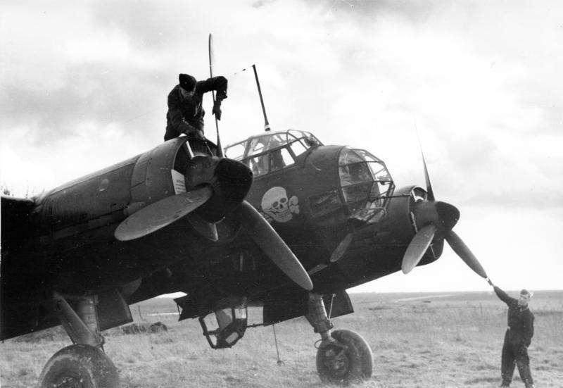 Bundesarchiv Bild 101I-405-0593-36, Flugzeug Junkers Ju 88