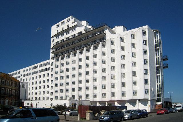 Grand Burstin Hotel Asylum Seekers