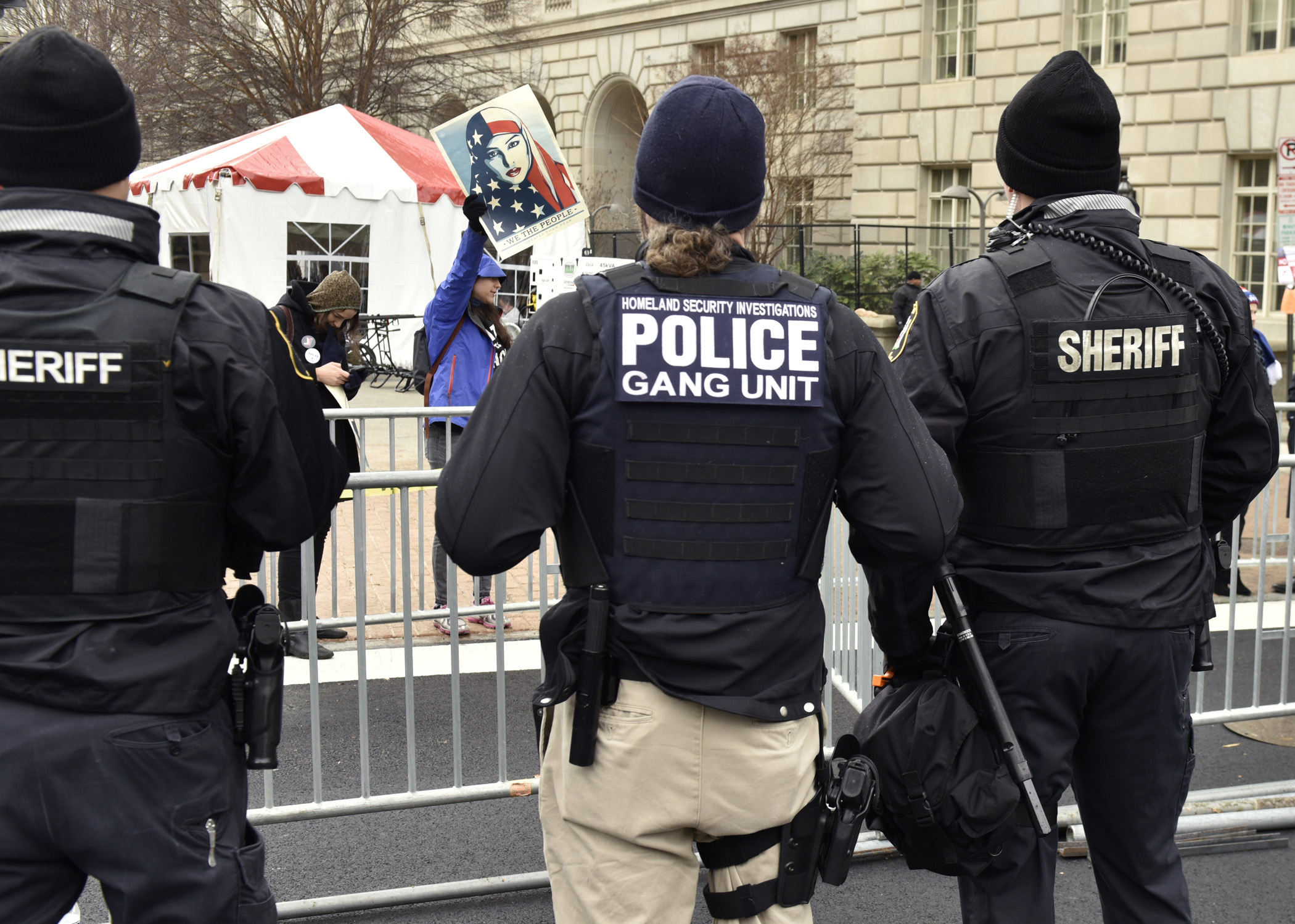 Homeland security and local law enforcement Essay Sample