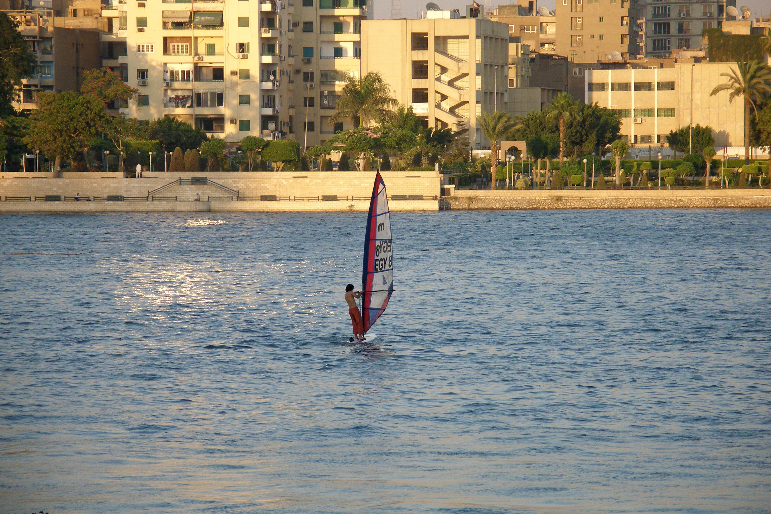 File:Egypt, Cairo, Windsurfing on Nile River.jpg - Wikimedia Commons