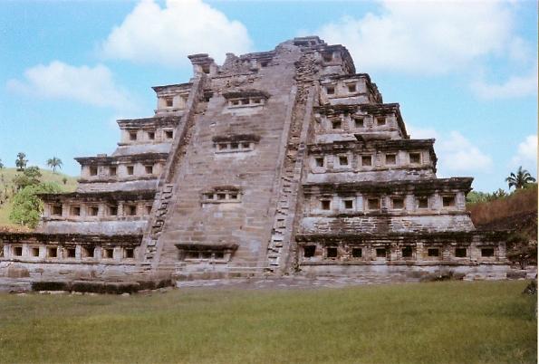File:El Tajín Pyramid of the Niches.jpg
