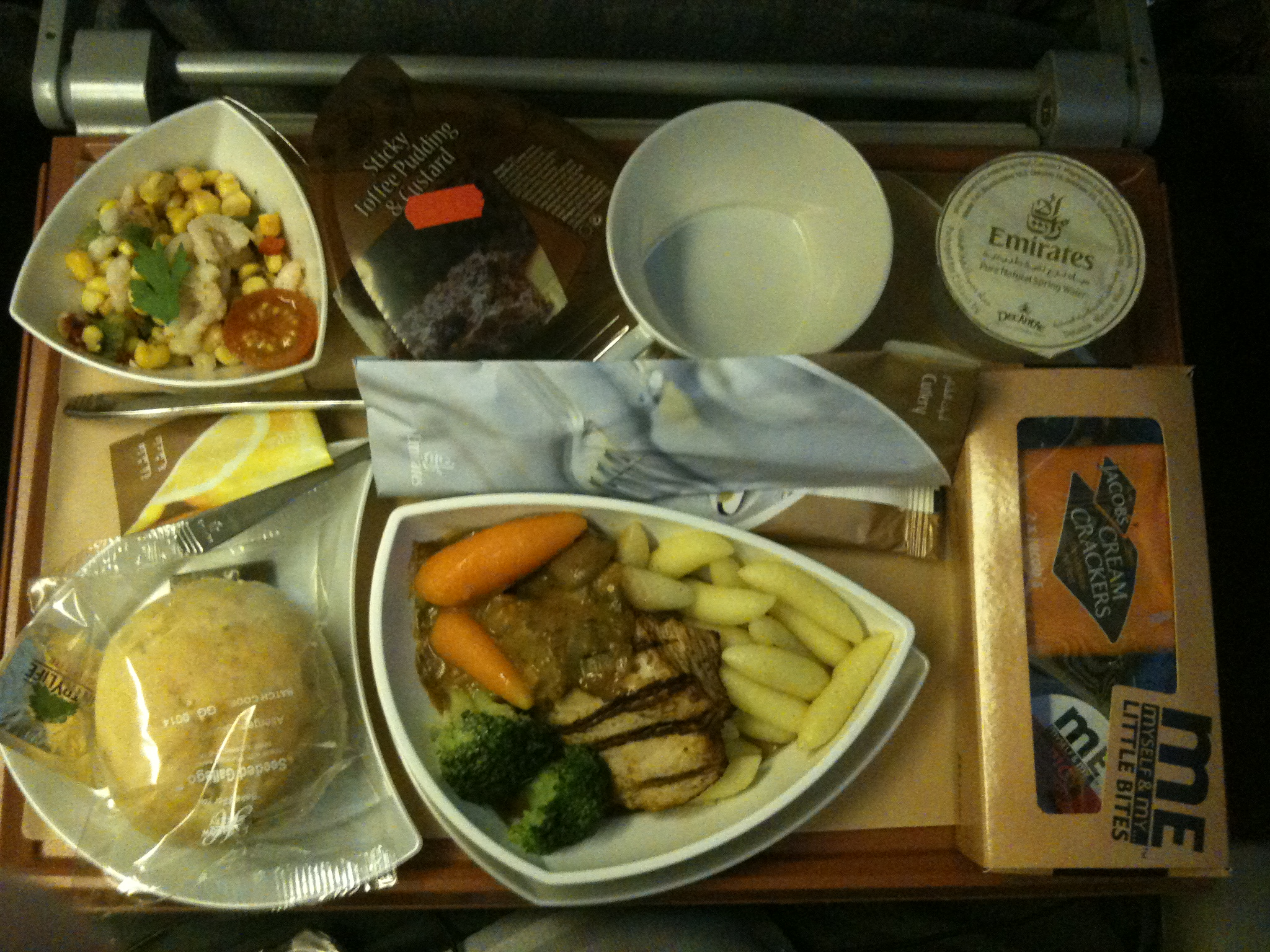 Description Emirates Economy meal 5647277748.jpg