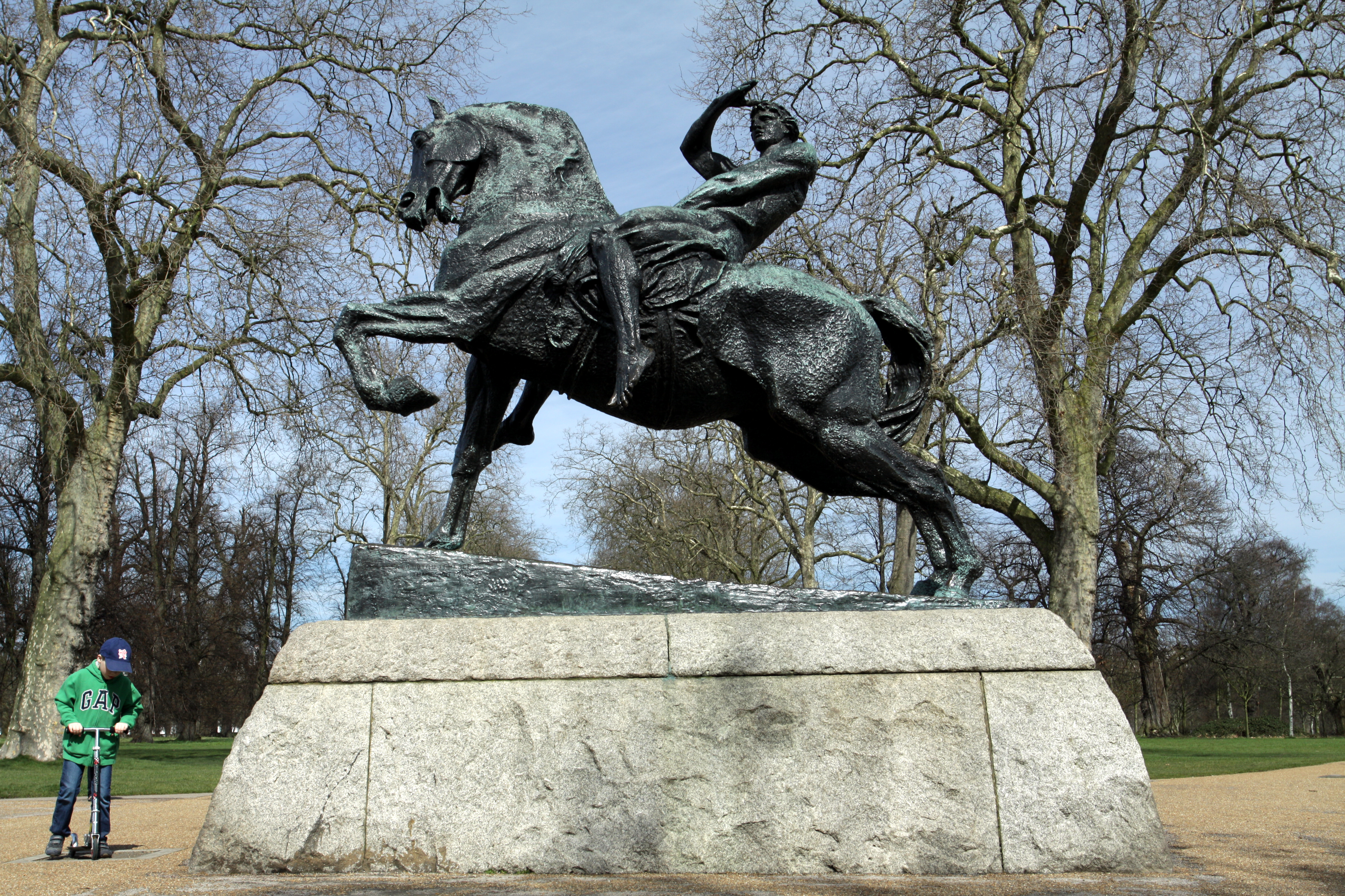 File:Equestrian statue called Physical Energy in Hyde Park in the City ...