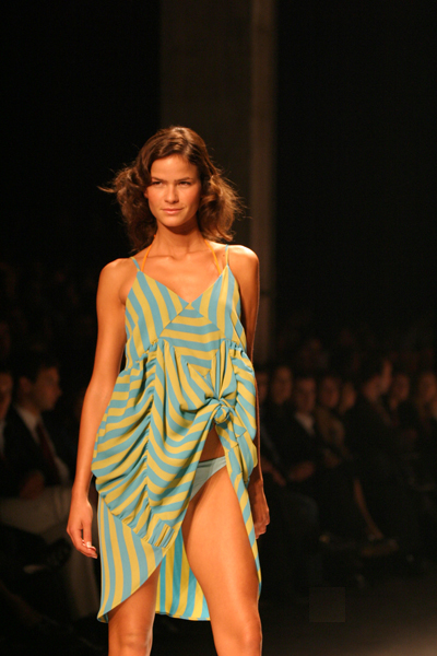 File:Erika-Portugal Fashion.jpg