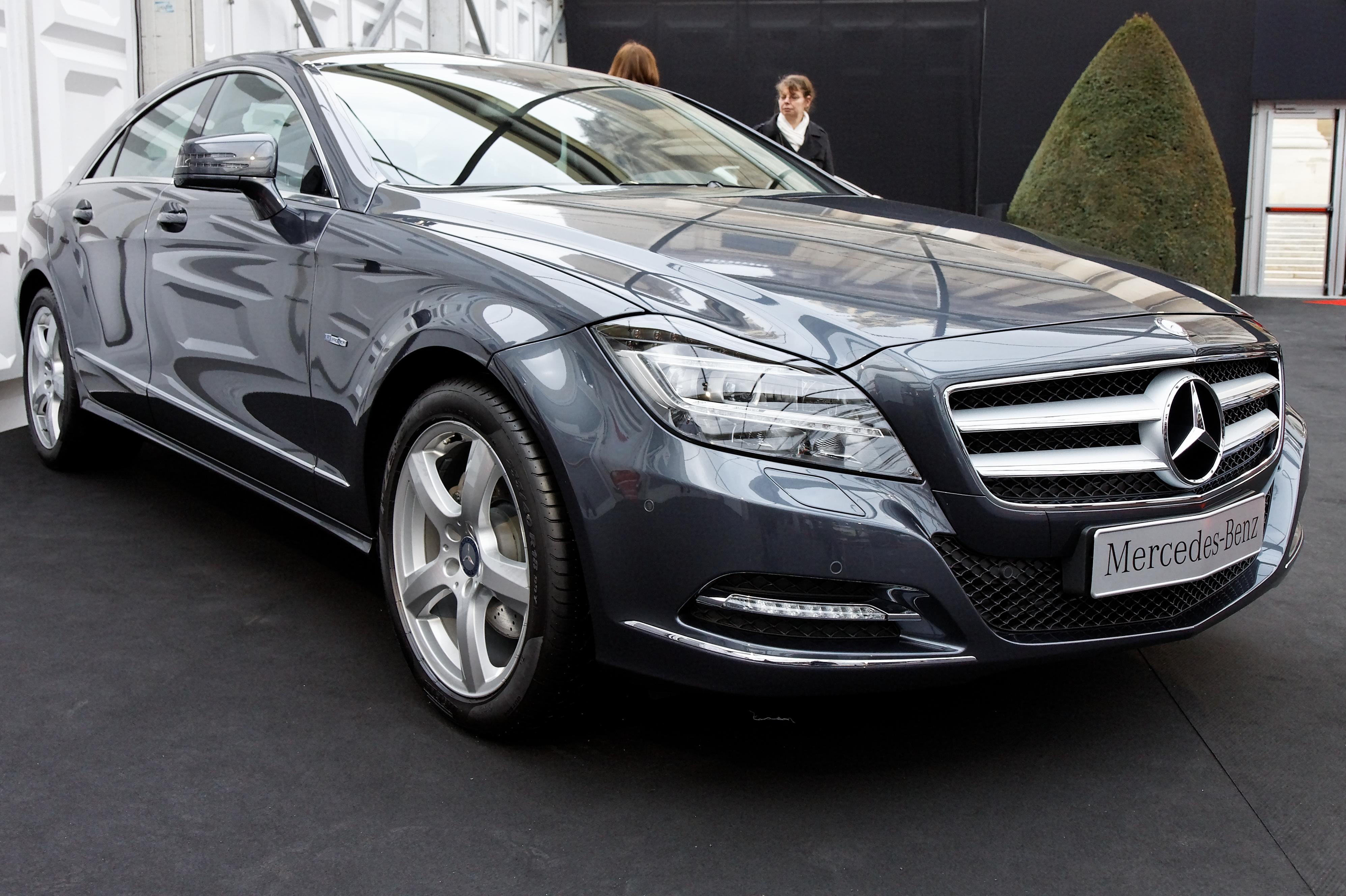 file festival automobile international 2011 mercedes cls 350. Black Bedroom Furniture Sets. Home Design Ideas