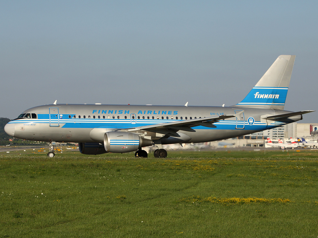 File:Finnair A319 retrojet.jpg - Wikimedia Commons