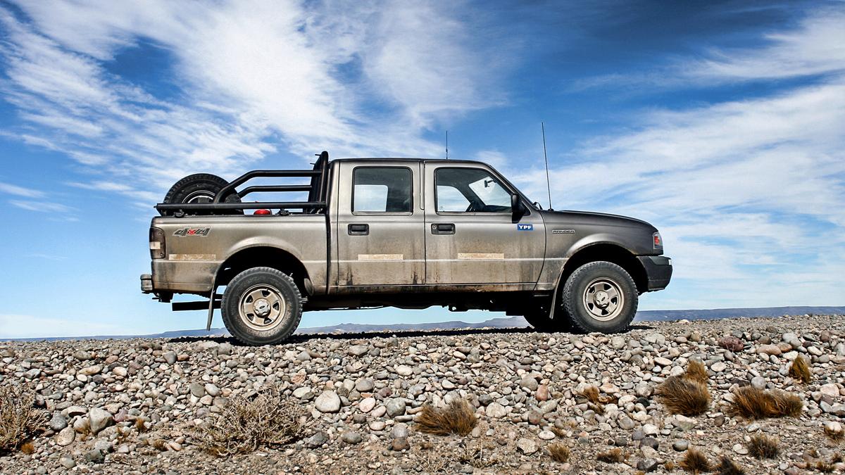 Descripción Ford Ranger Double Cab 01.jpg