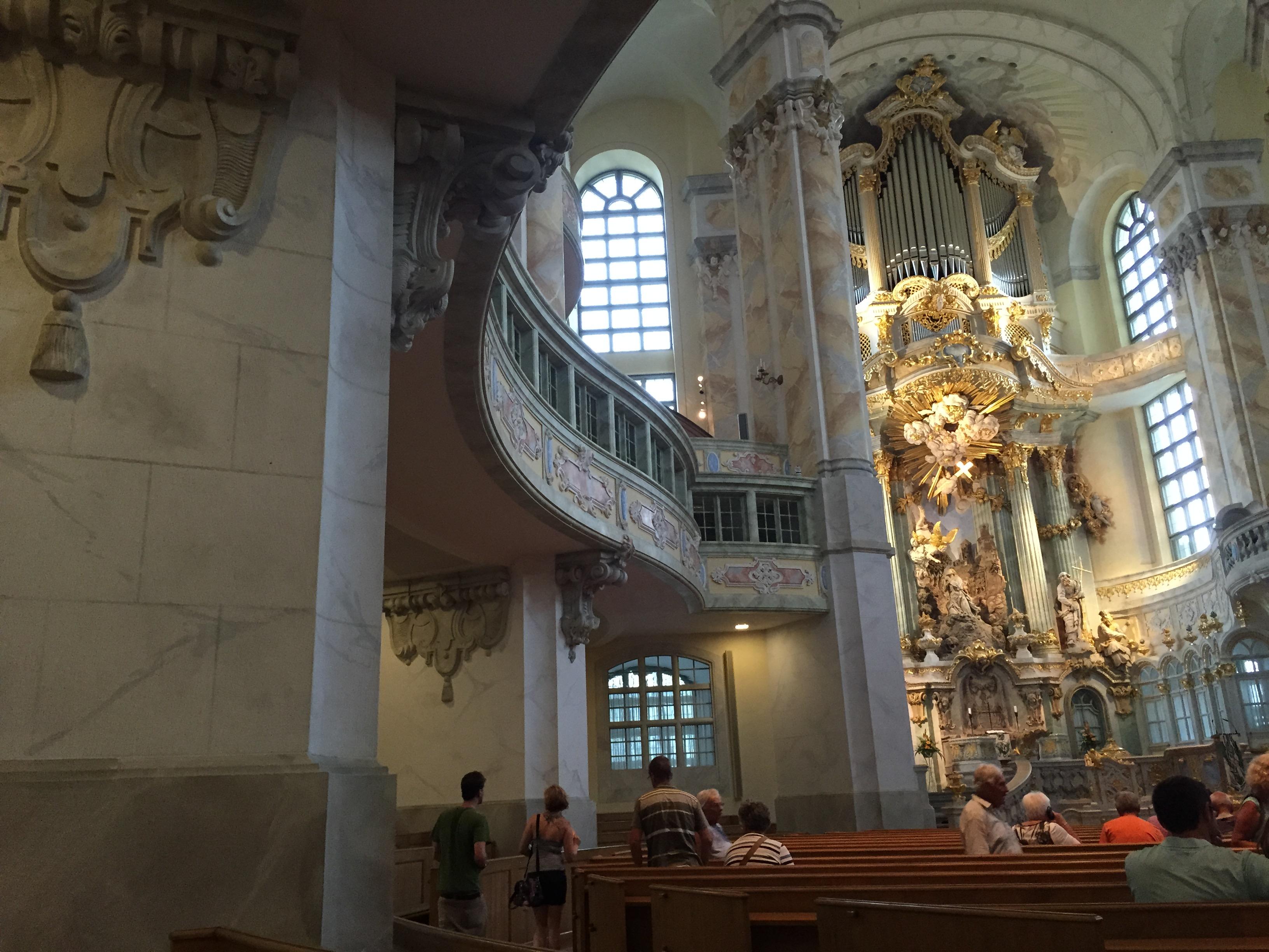 Bildergebnis für Wikimedia Commons Bilder Frauen Kirche in Dresden