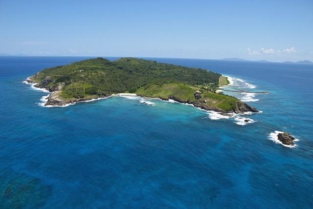 Fregate island, G Larose, STB
