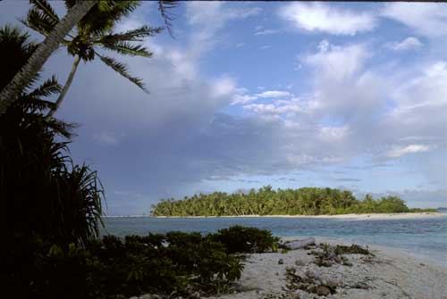 Travellers' Guide To Tuvalu - Wiki Travel Guide ...